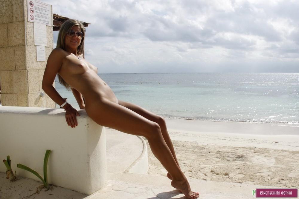 eroticheskie-foto-v-otpuske