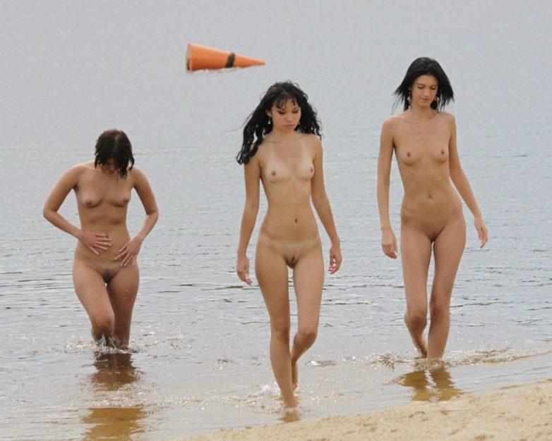 Фото голеньких негритяночек