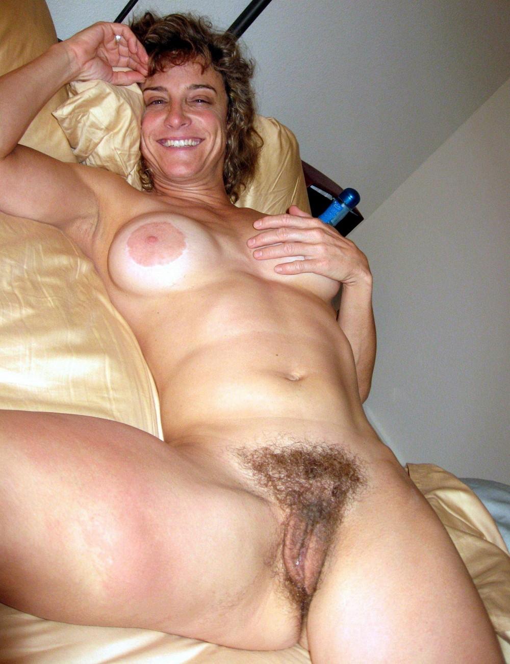 Mature greek women nude