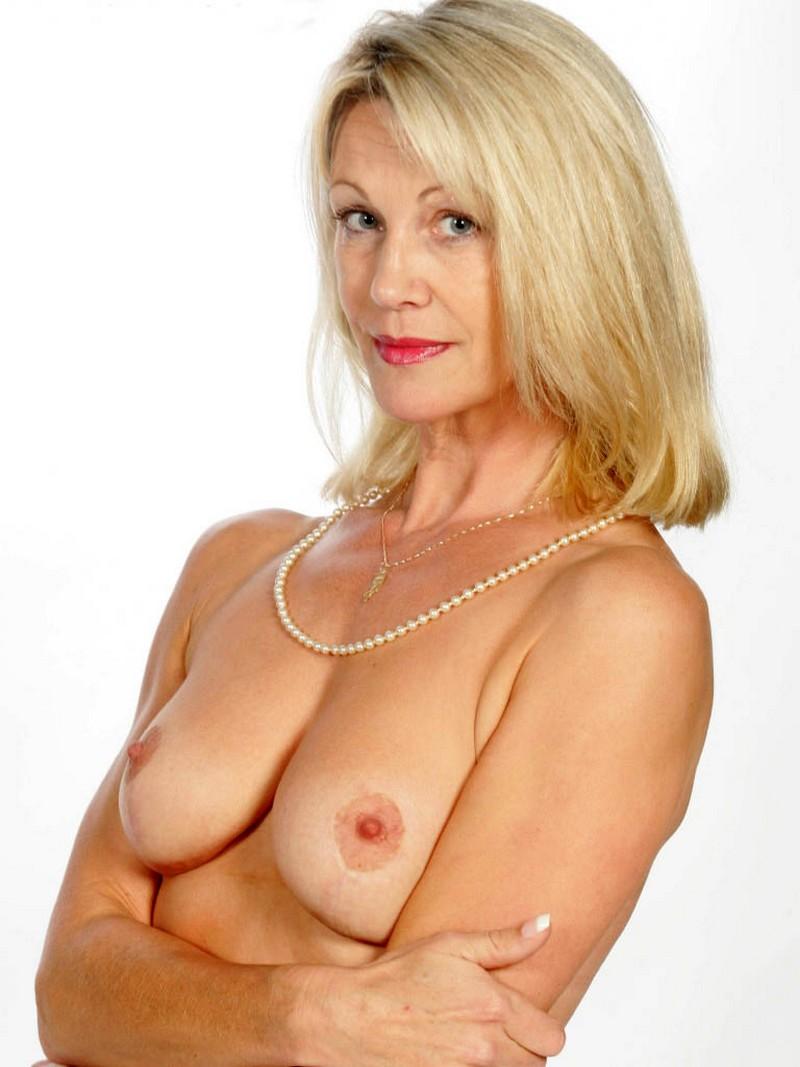 Elegant mature granny pic, free women gallery