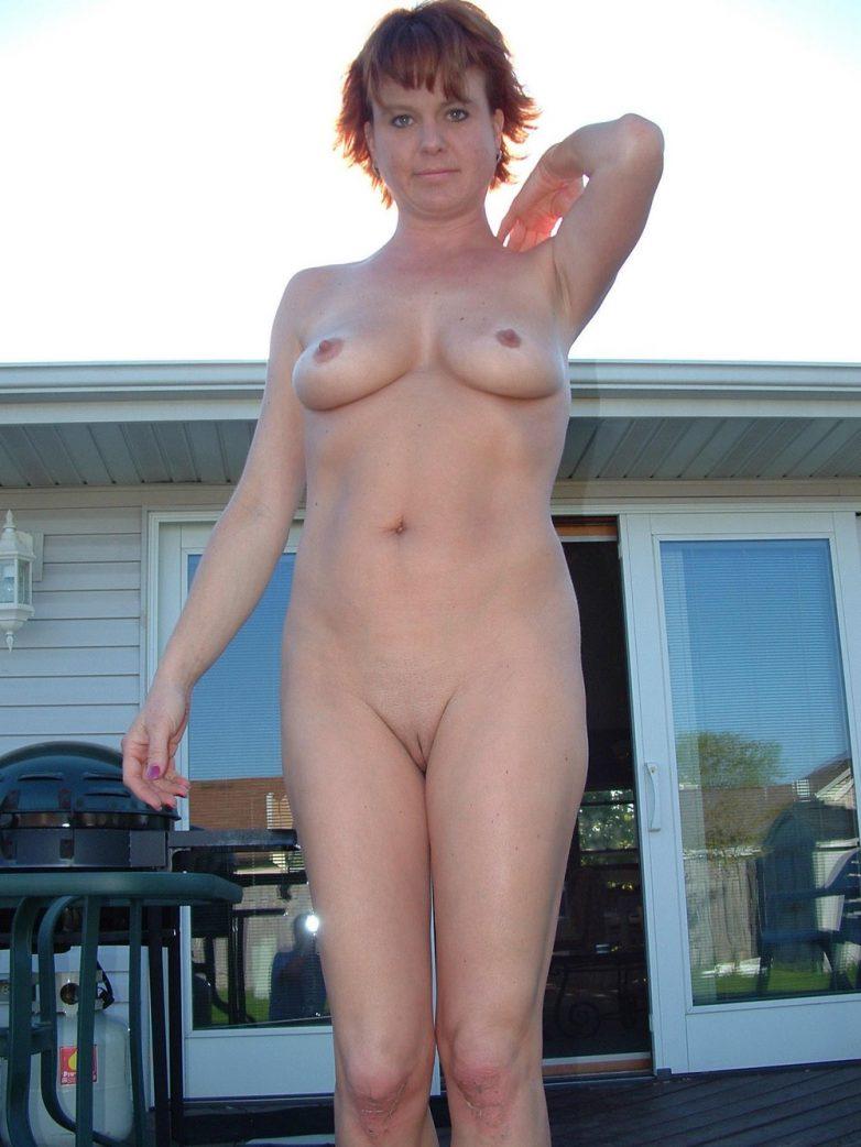 зрелые голые соседи