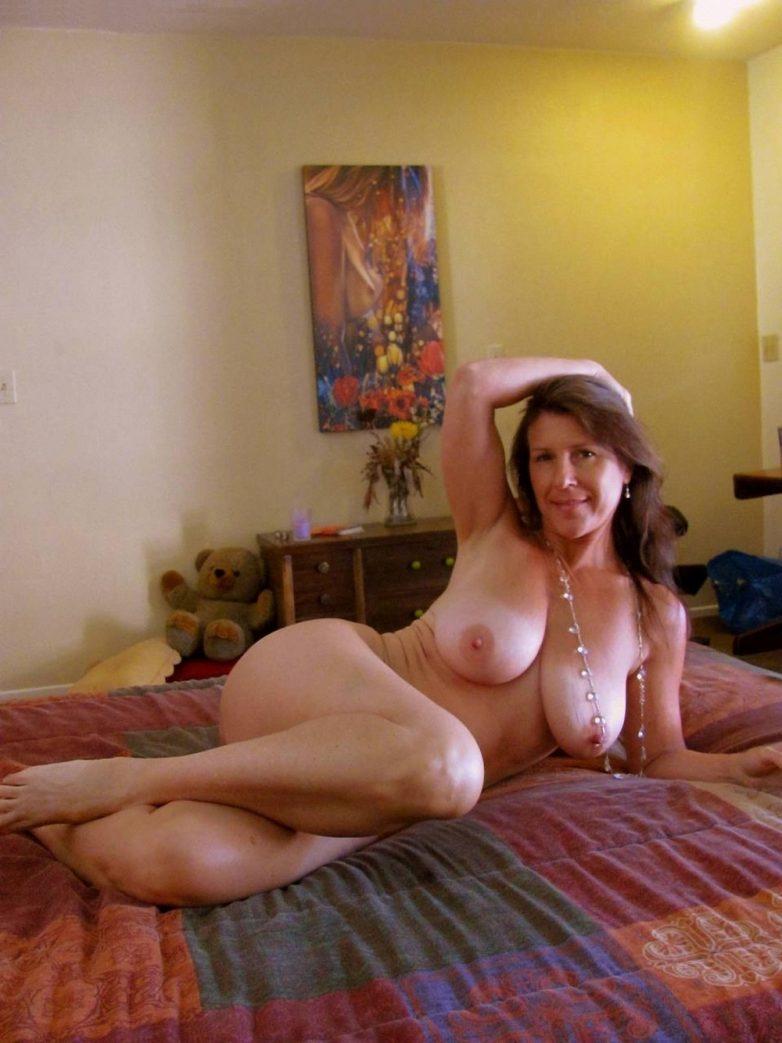 Busty aunt seduces step nephew