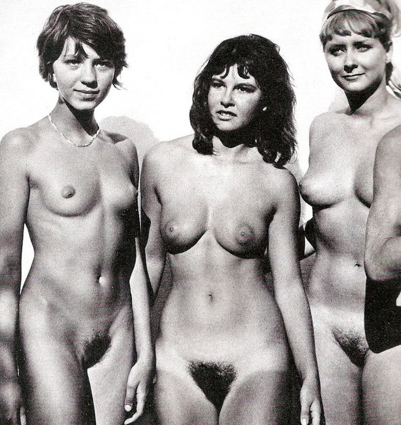 Retro nudes pics vintage models showing their pubic hair in the twenties