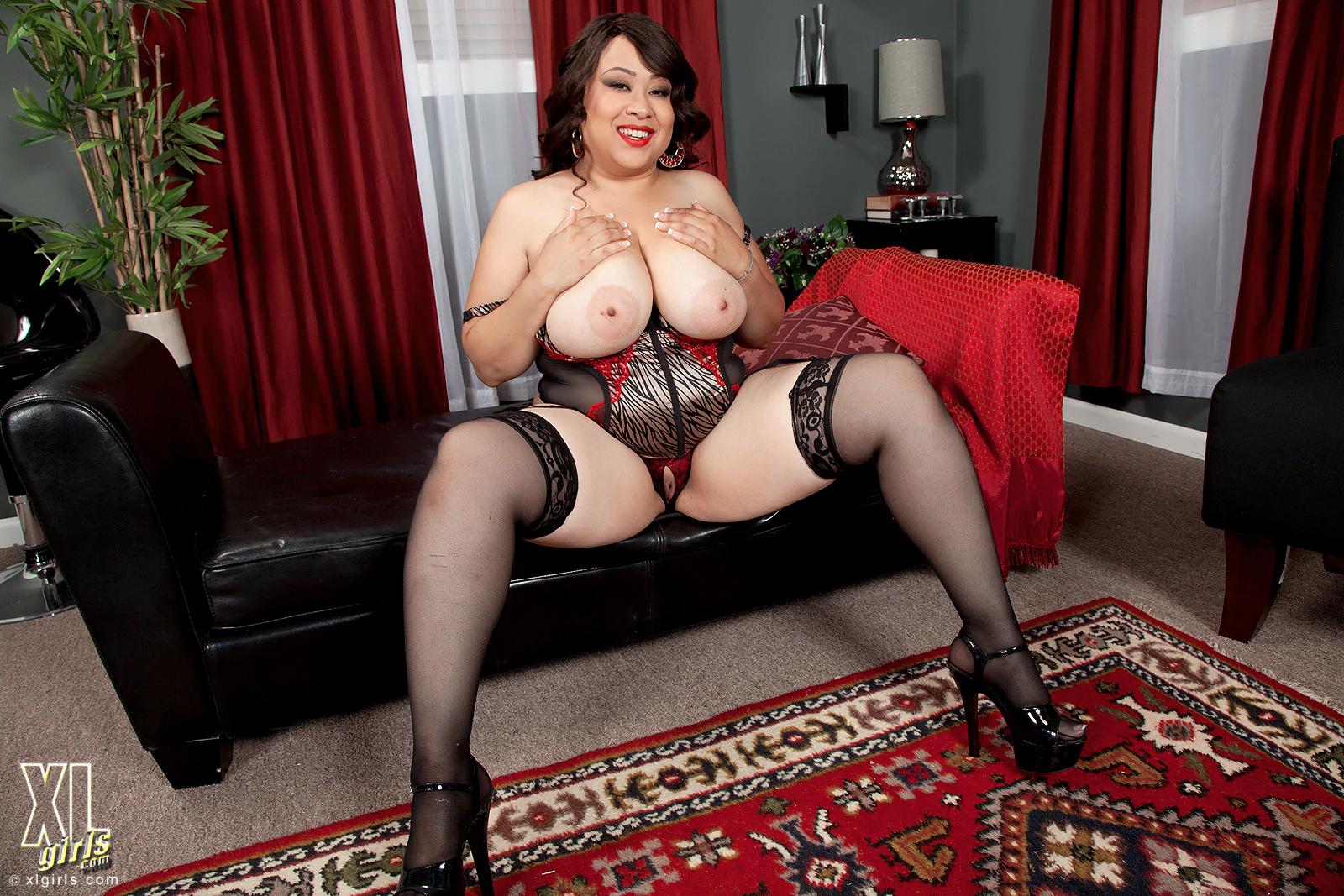 Секс с красивыми толстушками в чулках, Порно с толстыми женщинами. Смотреть секс 21 фотография