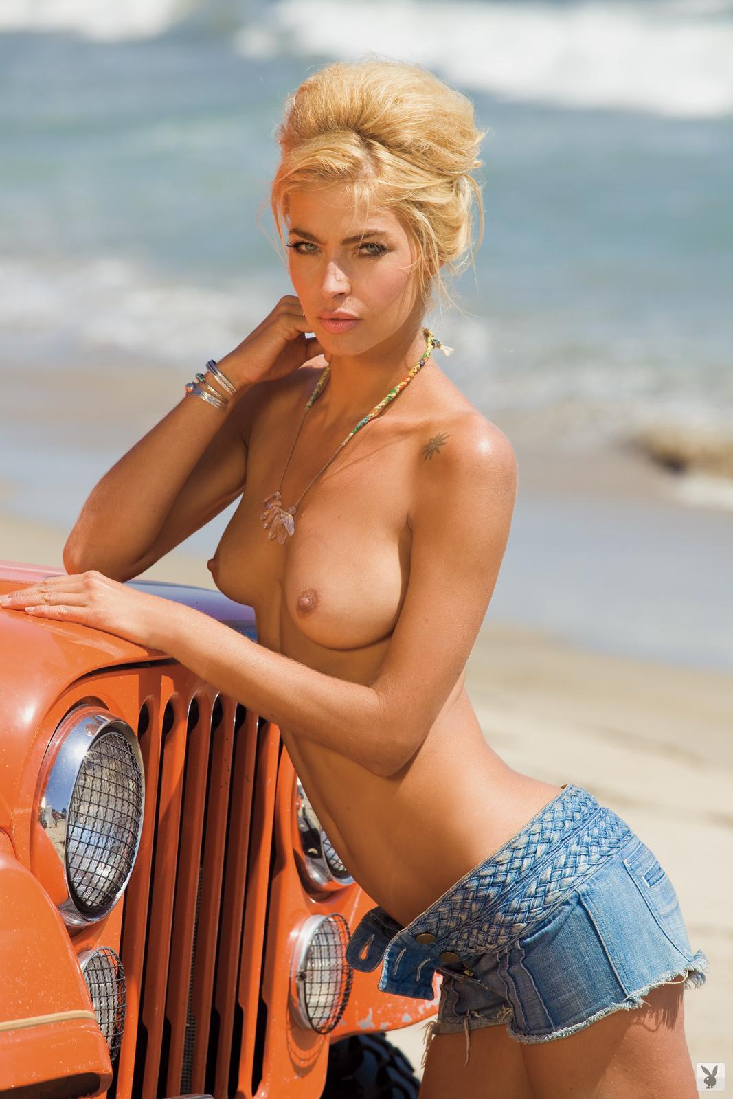 jamie-australia-nude-nude-girls-hog-tied