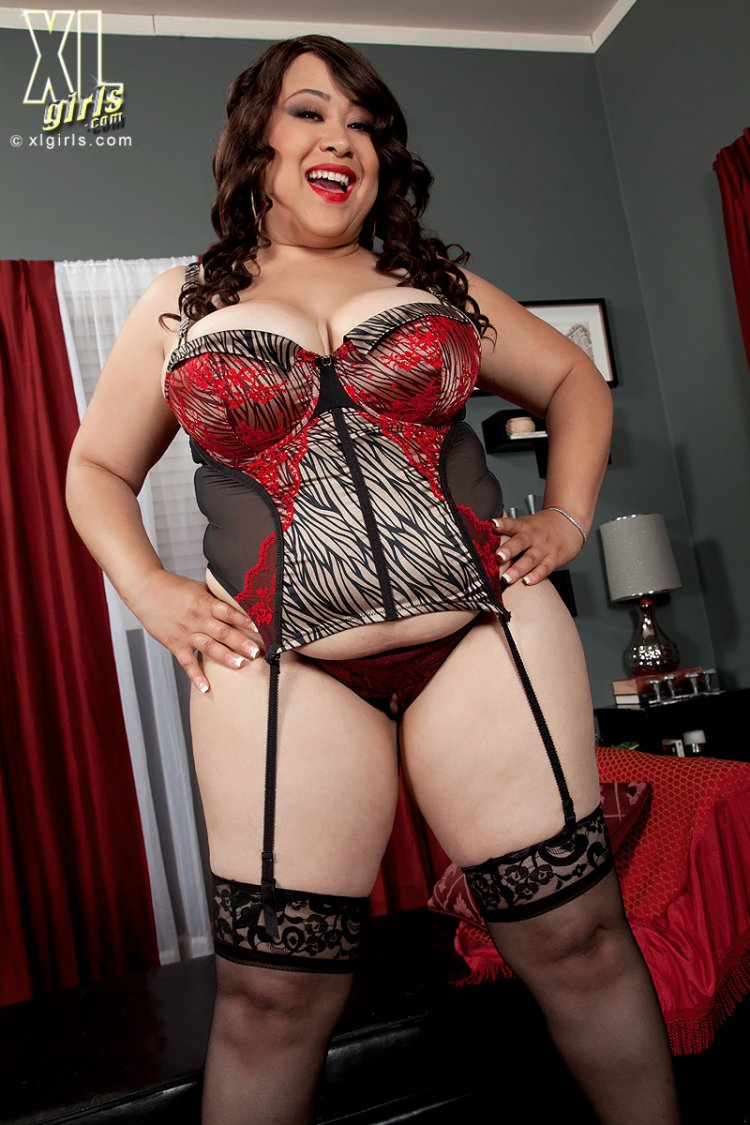 толстые бабы в сексуальных нарядах фото - 2