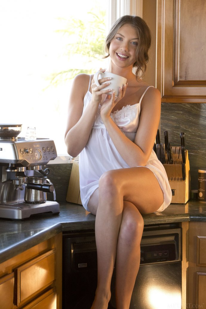Lovely naked girl in the kitchen – Glorious Elena Koshka